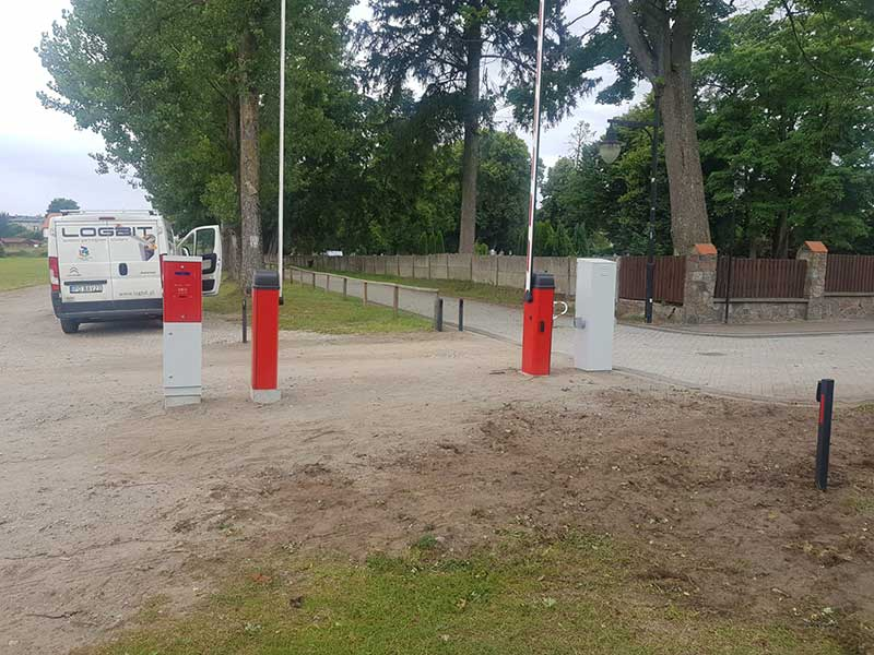 System parkingowy LPS, realizacja Logbit Parking System. Miejscowość Karsin.